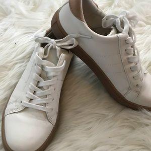 Super cute sneakers - white - size 6